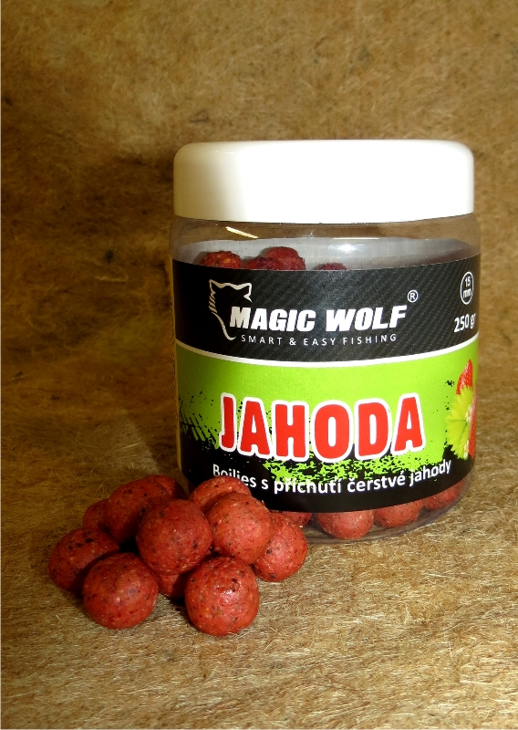 MAGIC WOLF - BOILIES SPEED WOLF 250 gr JAHODA 15mm
